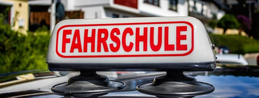 Fahrschulschild Fahrschule Erwin Schneider Neustadt Hessen